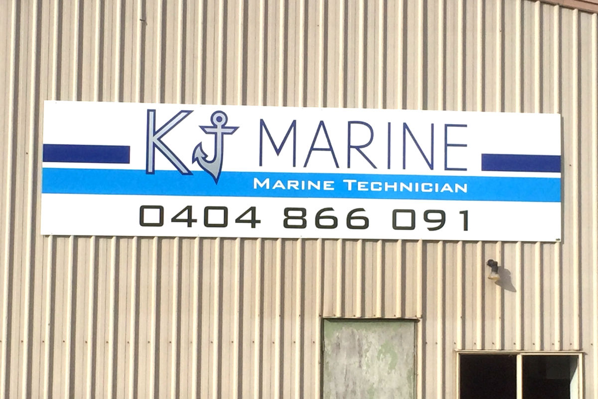 Building sign for Port Franklin marine technician