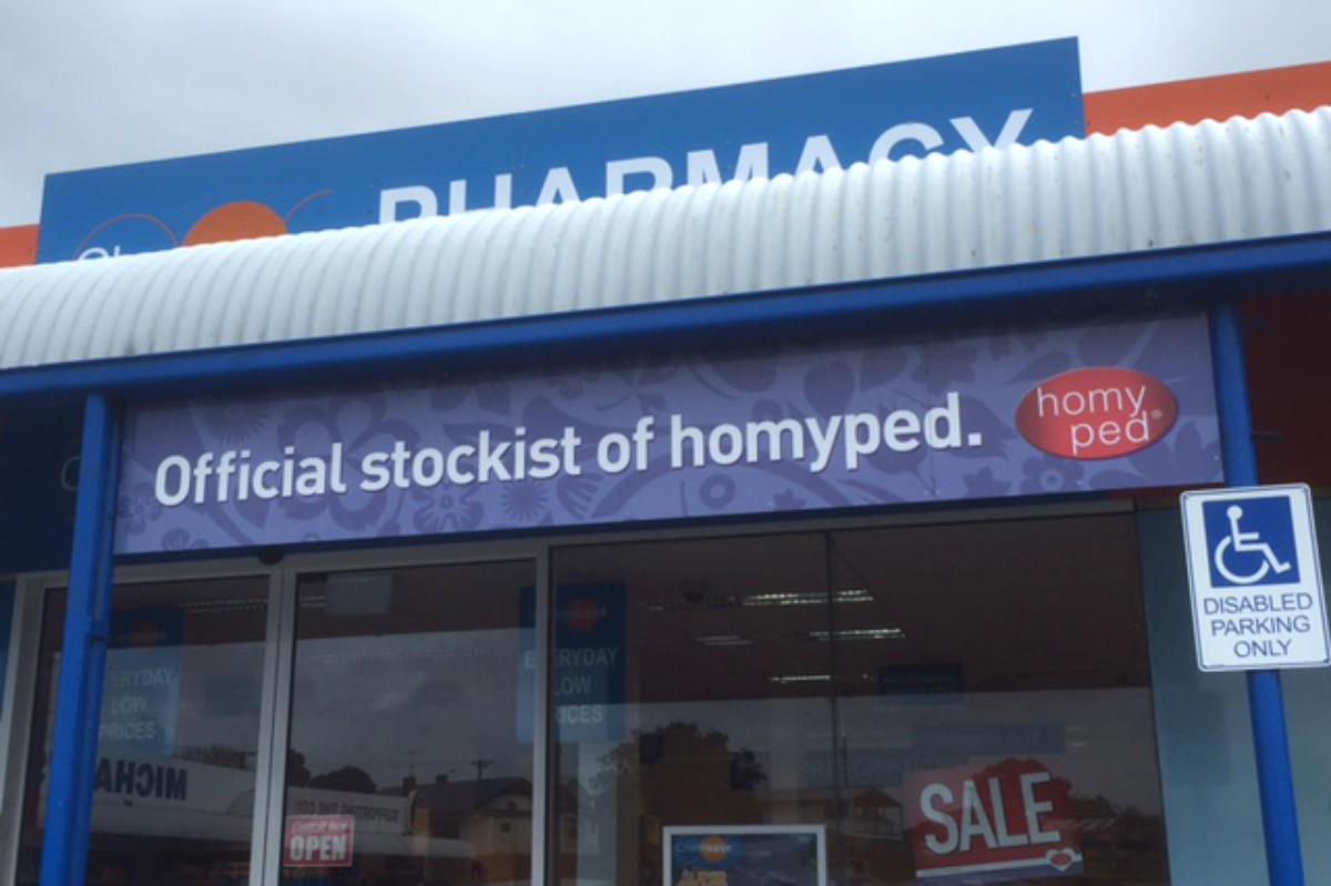 Pharmacy advertising sign by Signspec