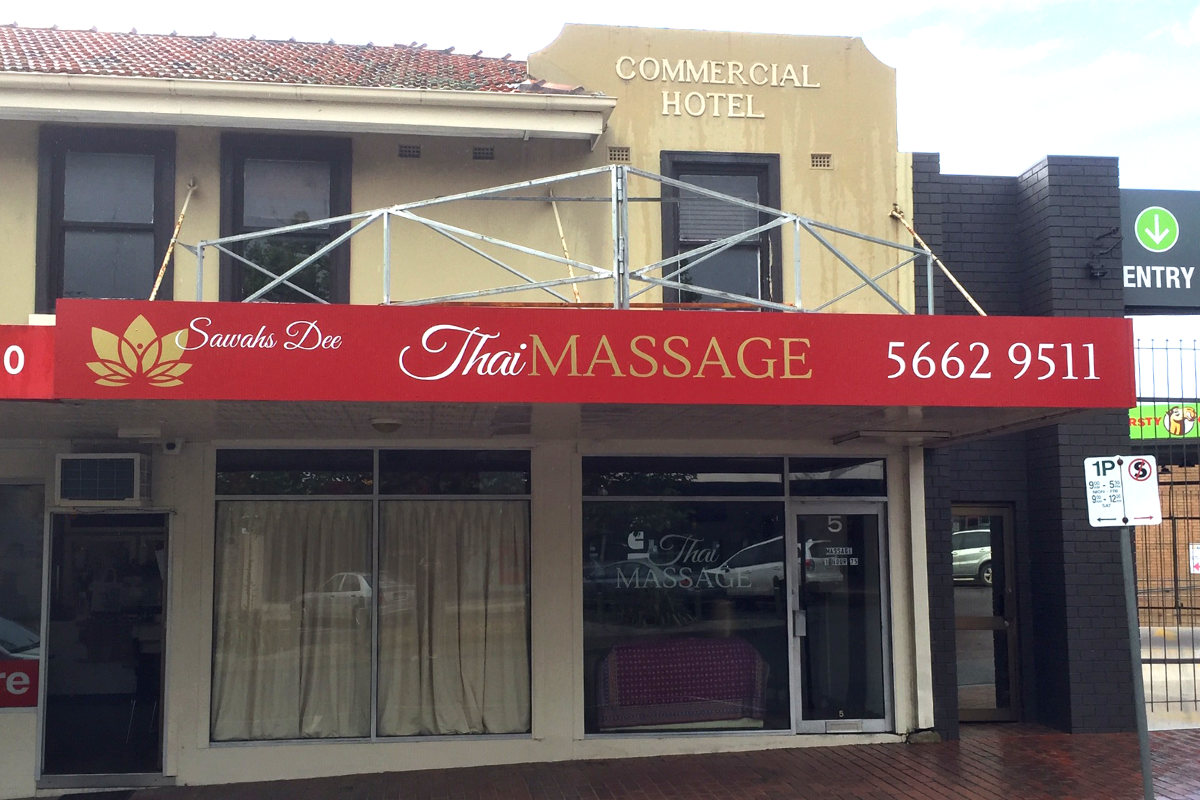 Thai Massage building sign by Signspec Signs
