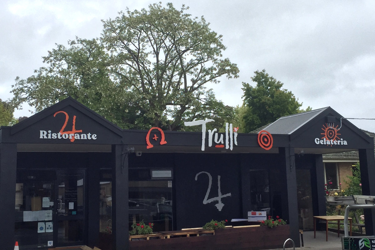 Pizza restaurant 3D signage by Signspec