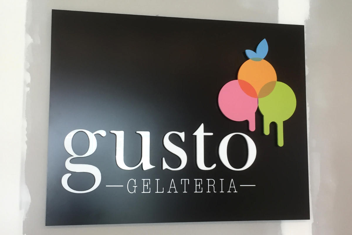 Reception sign for gelato store