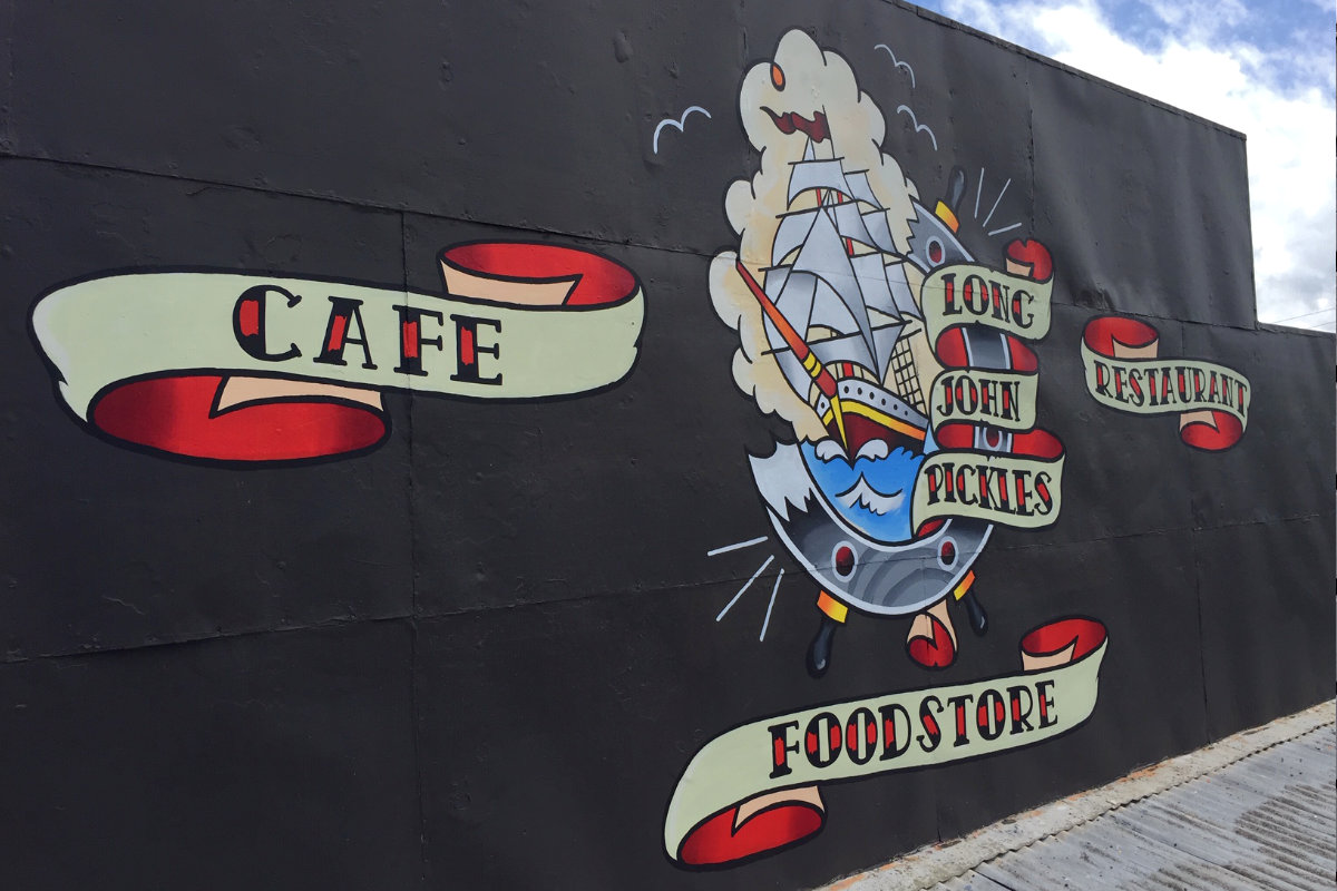 Foodstore Cafe Restaurant traditional signwriting - Signspec