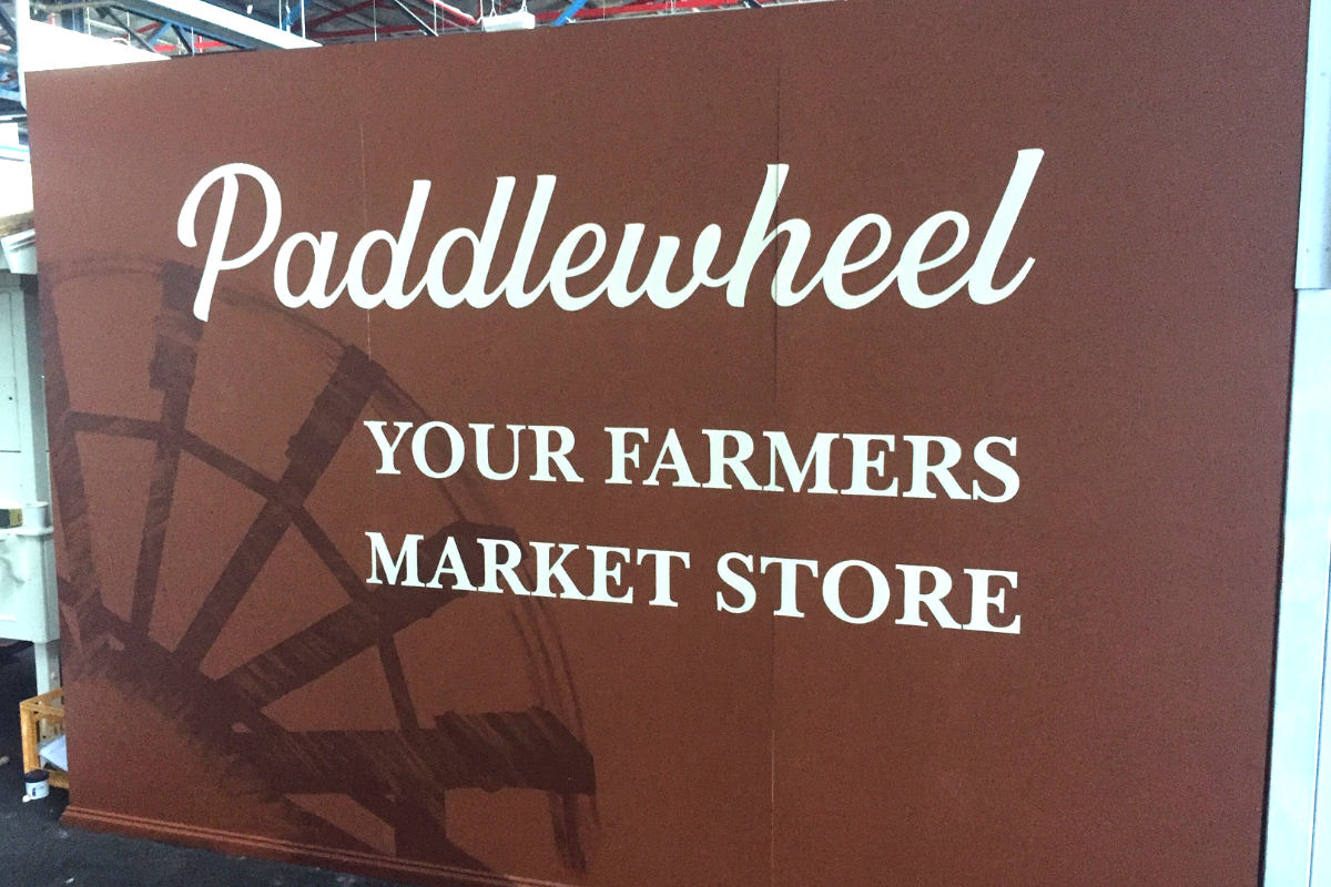 Handpainted sign for Paddlewheel farmers market store Koonwarra by Signspec Signs