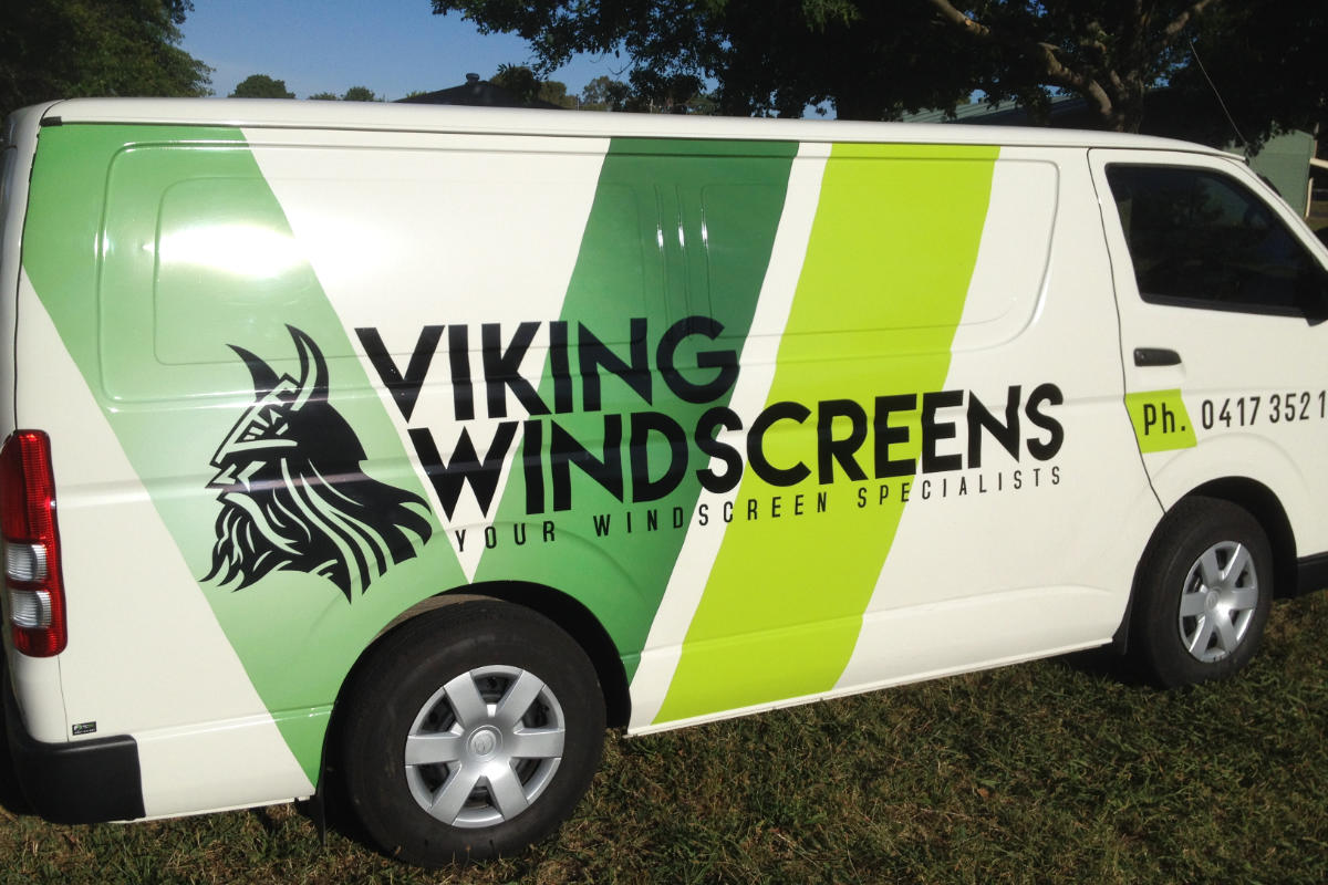 Vehicle wrap signage for windscreen repair business